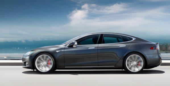 Tesla making plans to make its Autopilot Software even more restrictive