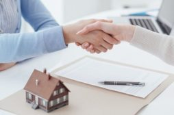 Why You Should Hire a Mortgage Broker